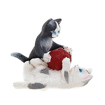 Schleich - Crías de gato con ovillo de lana, figura (13724): Amazon.es: Juguetes y juegos
