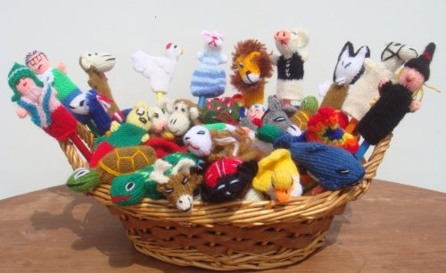 NEW ARRIVAL PERUVIAN ASSORTMENT VARIETY OF ANIMALS, INSECTS, BIRDS AND PEOPLE 20 FINGER PUPPETS TOYS HAND KNITTED