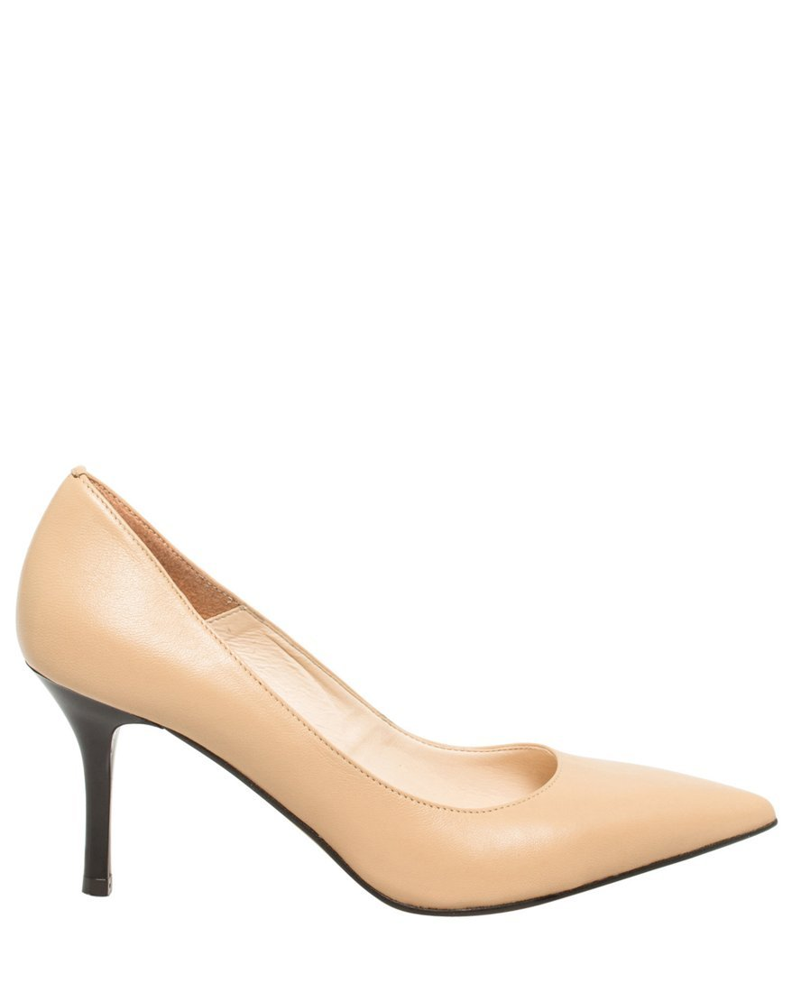 LE CHÂTEAU Women's Leather Pointed Toe Mid Heel Pump,7,Natural