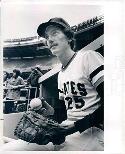 (1975 Press Photo MLB Pittsburgh Pirates Pitcher Bruce Kison - snb4199)