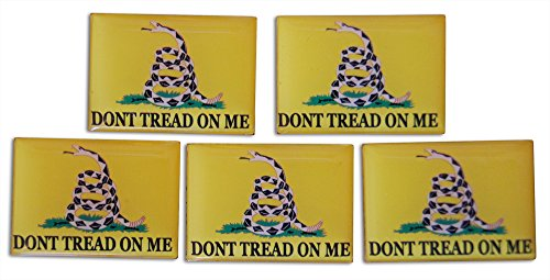 [Patriotic American 5-Piece Gadsden Don't Tread On Me Lapel or Hat Pin and Tie Tack Set with Clutch Back by Novel] (United Nations Costumes For Women)