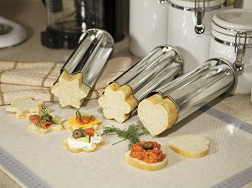 Zoie chloe 3 piece canape party bread mold set kitchen for Canape bread mold