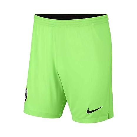 Amazon.com   Nike 2018-2019 Chelsea Home Goalkeeper Shorts (Green ... 0031a62f3