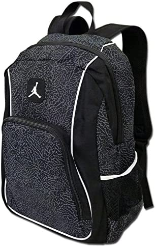 09b30a0254e Amazon.com: Nike Jordan Jumpman23 Backpack (One Size Fits All, Black/White):  Sports & Outdoors