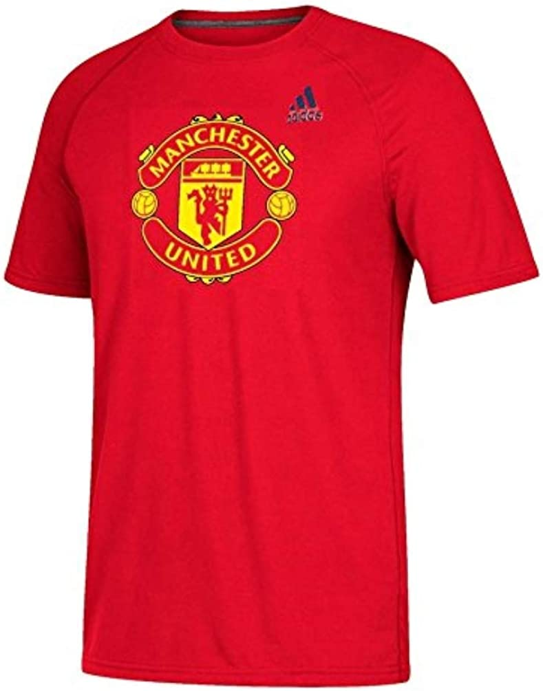 Amazon Com Adidas Manchester United Men S Red Tiled Climalite T Shirt Clothing