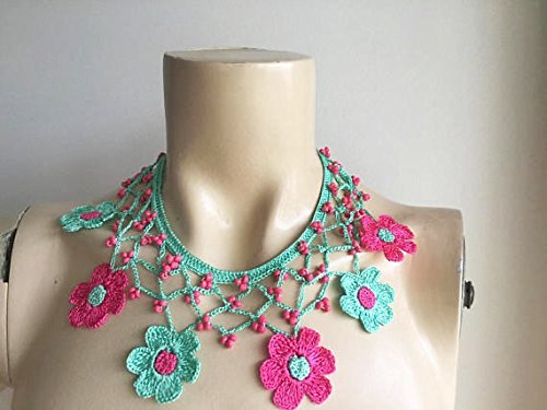 - Mint and Fuchsia Necklace-Crochet Necklace-Turkish Oya necklace- Flower Necklace-Daisy Necklace-Beaded Necklace
