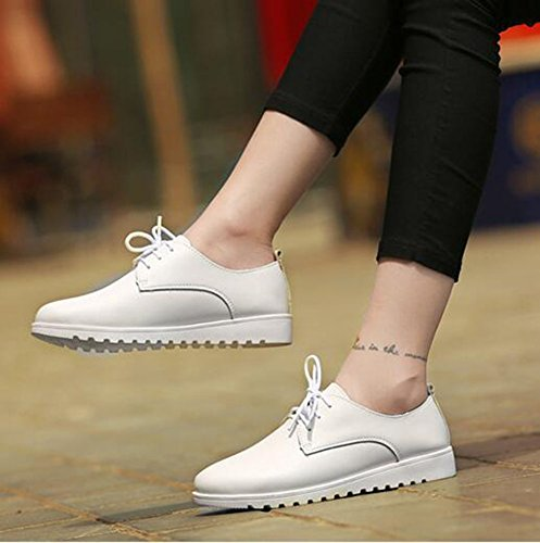 CHFSO Womens Fashion Solid Round Toe Lace Up Low Top Low Heel Sneakers White BhnSFTXC