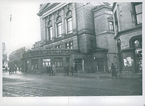 Vintage Photo Of Restaurant Viktoria And Narvesen Kioskkompani In Oslo  Where For 2 Months It Was Possible To Buy Newspaper With Allied War News  Norway 1943