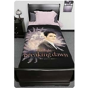 Twilight Breaking Dawn Blanket - Edward With Crest And Ferns - 50'' x 60''