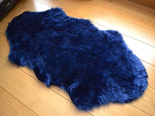 Sheepskin Navy Blue Faux Fur Style Rug (70cm x 140cm)