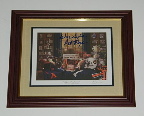 Pat Dye Signed Autographed Auto Framed & Matted Auburn Tigers Football Print w/War Eagle - - Signed Matted Print