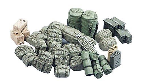 Tamiya Models Modern U.S. Military Equipment Set (Tamiya Military Models)
