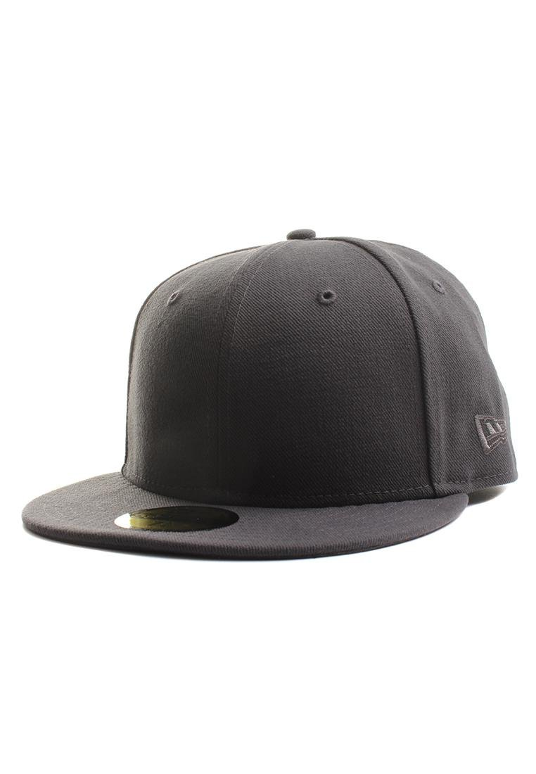 2c852065cd0 Amazon.com   New Era Plain Tonal 59Fifty Fitted Hat (Black) Men s ...