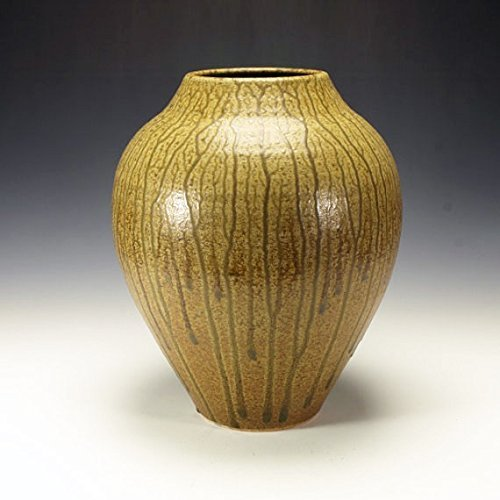 Large Ash Glazed Jar