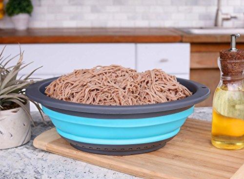 Set of 3 Large Collapsible Kitchen Colander/Strainer Set - 4 Quart, 2.5 Quart and 2 Quart- Perfect for Draining Pasta, Vegetable - HOMWE (Blue & Grey))