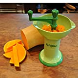 green sprouts Fresh Baby Food Mill | Easily