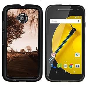Qstar Arte & diseño plástico duro Fundas Cover Cubre Hard Case Cover para Motorola Moto E2 E2nd Gen (Camino Sad)