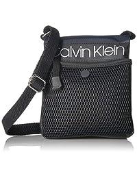 Calvin Klein Tabbie Bolso cruzado organizativo de nailon con múltiples bolsillos