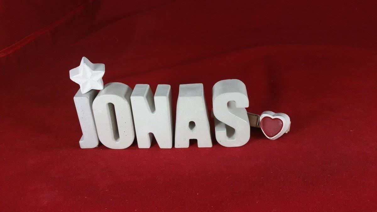Beton, Steinguss Buchstaben 3D Deko Namen JONAS mit Stern und Herzklammer als Geschenk verpackt! Ein ausgefallenes Geschenk zur Geburt, Taufe, Geburtstag, Namenstag oder auch zu Weihnachten!