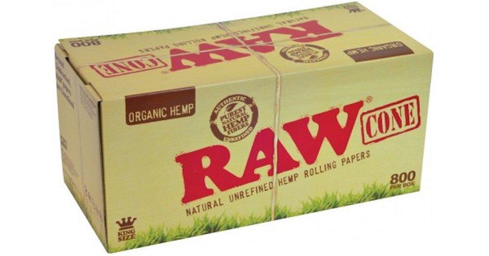 Raw King Organic Pre-Rolled Cones 800ct w/ a TSC Sticker