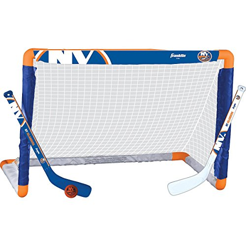 Franklin Sports NHL League Logo New York Islanders Mini Hockey Set