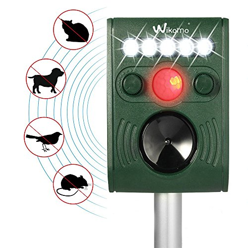 Electronic Ultrasonic Pests Repeller Solar Powered Outdoor Weatherproof Effective Repeller Motion Activated with Flashing LED Light and Ultrasonic Sound Repel Animals Away