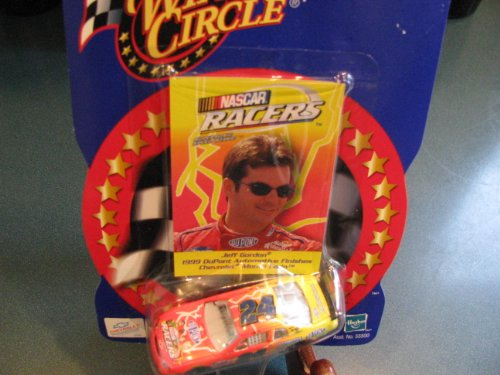 1999 Jeff Gordon #24 Dupont NASCAR Racers Supersonic Speed Stars Edition 1/64 Scale & Photo Card Insert Winners Circle 2000 Edition Issue