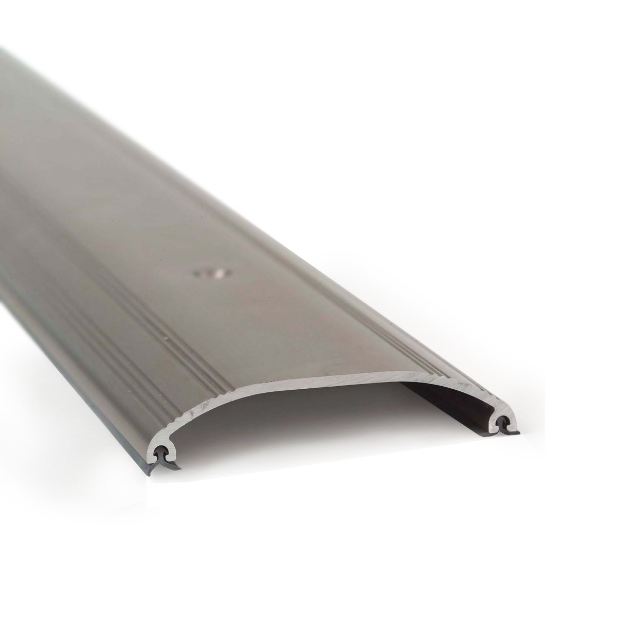 M-D Building Products 25736 5/8-Inch by 3-1/2-Inch by 72-Inch Low Dome Top Threshold