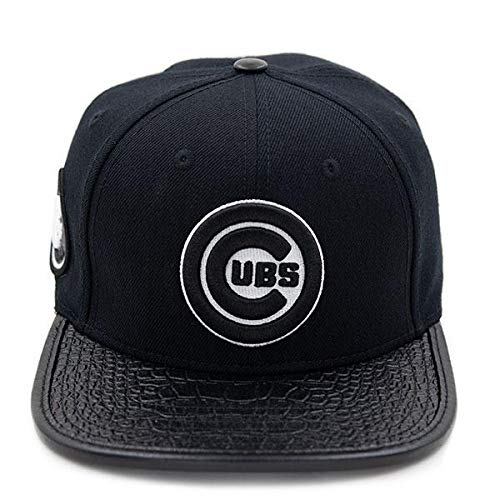 96bdb374bf4 Pro Standard Chicago Cubs Black Strapback Hat (Black