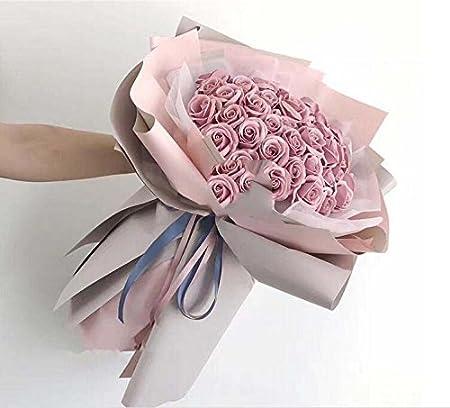 Mazzo Di Fiori Per Ragazza.Regali Di Nozze Di Fascia Alta 52 Rose Mazzi Di Fiori Sapone
