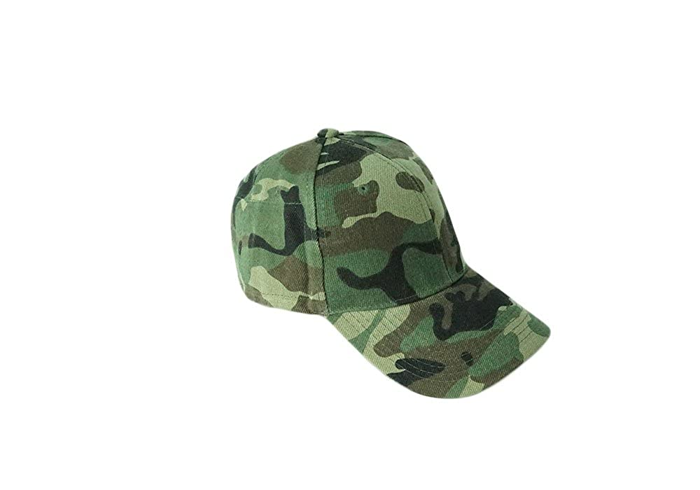 94255bfe85c Camo Baseball Hat with Plastic Pockets - K   K Designer Pockets at Amazon  Men s Clothing store