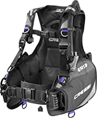 The R1 is a Cressi product designed for scuba divers who want a very complete yet light, hydrodynamic and affordable jacket. It is a winning mix of our top line Aqua ride and aqua Pro 5 Workhorse made this very durable entry-level retail BCD....