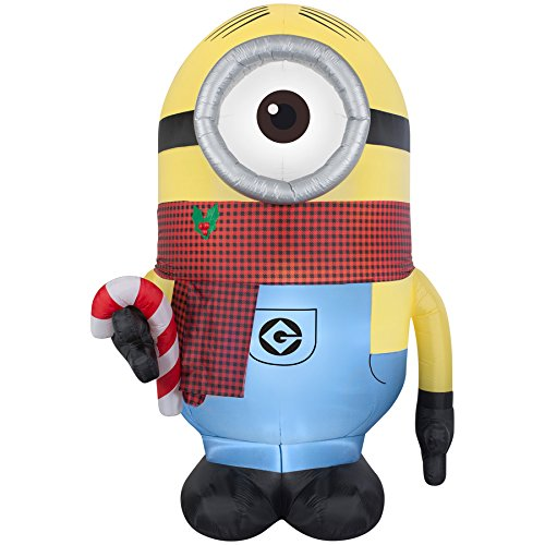 Despicable Me Minion Stuart 8.95-ft x 4.65-ft Lighted Christmas Inflatable