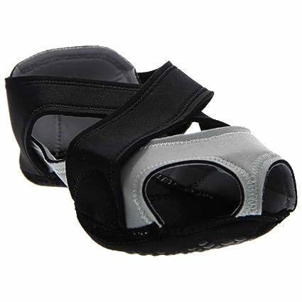 Amazon.com: Nike Studio Wrap de las mujeres zapatos de baile ...