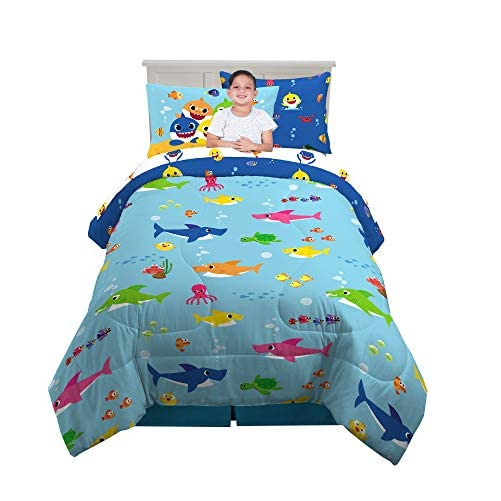 Franco Kids Bedding Super Soft Comforter and Sheet Set with Bonus Sham, 5 Piece Twin Size, Baby Shark 1