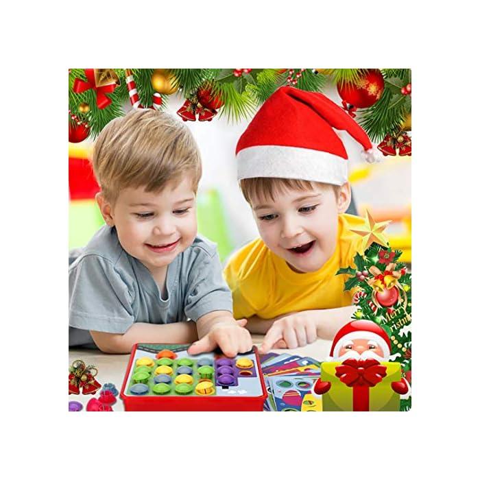 51PuA54w5gL : primero presione el botón de color en el tablero colgante de mosaico, luego su hijo puede crear una imagen de estilo de dibujos animados vívida única en el tablero colgante de acuerdo con su propia creatividad e imaginación. ¡Mejora las habilidades de diseño de tu hijo! : Hecho de materiales ABS amigables con el medio ambiente, el color es brillante, la superficie es redonda y suave y no daña la mano. El diseño del botón redondo proporciona la máxima seguridad para su hijo y juega con confianza. Satisfacer las necesidades de los niños y los padres y asegurar una vida más larga. Ha superado las normas de seguridad de pruebas y la certificación CE. : la placa para colgar es liviana y portátil, lo cual es muy adecuado para niños que esperan en el interior durante mucho tiempo. Es conveniente para los padres y los niños usar el tiempo libre, una bandeja de plástico, que puede organizar mejor el almacenamiento de los juguetes, almacenar los botones de manera conveniente y llevarlos a parques al aire libre, playas o vacaciones. Se recomiendan niños mayores de 2 años.
