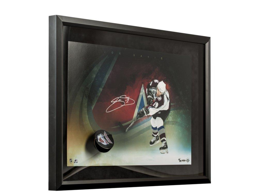 2450f1d45 Joe Sakic Autographed Avalanche Slap Shot Breaking Through
