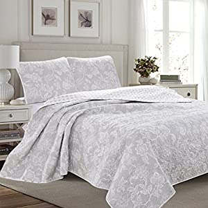 Great Bay Home 3-Piece Reversible Quilt Set with Shams. All-Season Bedspread with Floral Print Pattern in Contemporary Colors. Emma Collection By Brand. (Full/Queen, Grey)