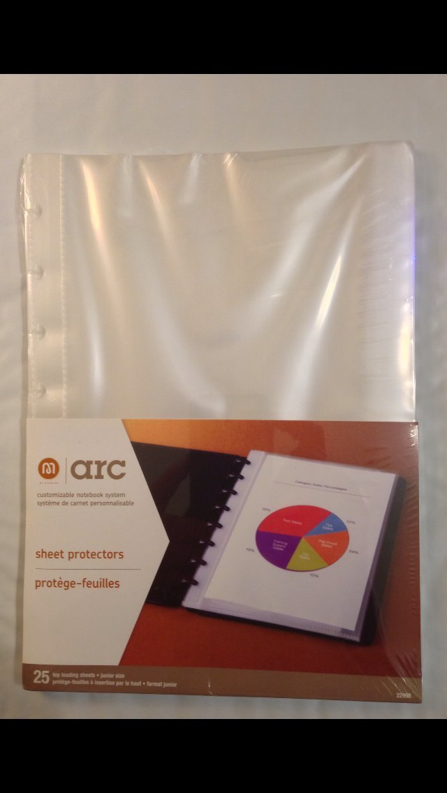 Amazon.com : M by StaplesTM Arc System Sheet Protectors, Junior ...