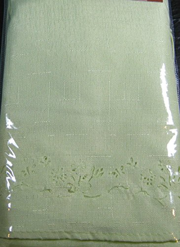 (Spring Bouquet Cutwork Cloth Tablecloths - Assorted Colors, Assorted Sizes - Square,Oblong and Round 100% Polyester by Elrene Home Fashions (Green, 60 x 102 Oblong))