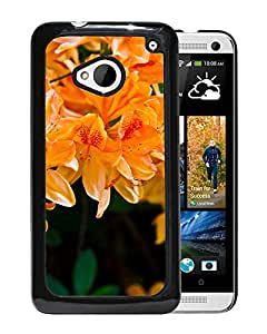 New Beautiful Custom Designed Cover Case For HTC ONE M7 With Light Orange Flowers Phone Case