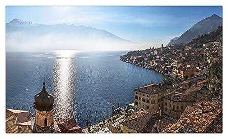 Italia Montañas Lago Costa Limone sul Garda Lombardía lago Garda ...