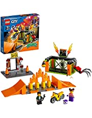 LEGO 60293 City Stuntz Stuntpark Show Bouwset met Motor met Vliegwielaandrijving, Schansen, Spinnenkooi en Racer Minifiguur, Speelgoed voor Kinderen
