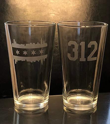 Chicago Pint Glasss- 2 Pint Glasses - Chicago - Illinois - Chicago Beer - Barware - Chicago Gift