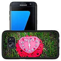 Luxlady Premium Samsung Galaxy S7 Edge Aluminum Backplate Bumper Snap Case IMAGE ID: 30019966 Clock with red hearts Love background