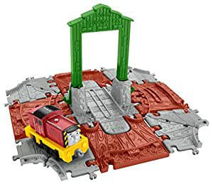 Fisher-Price Thomas and Friends Adventures Salty at the Docks for Boys, Above 3 Years - FBC51