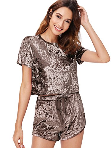 MakeMeChic Women's Vintage Velvet Pocket Crop Top Tee T-shirt and Shorts Set Coffee ()