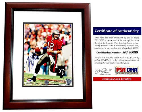 (Trent Dilfer Signed - Autographed Tampa Bay Buccaneers Bucs 8x10 inch Photo - MAHOGANY CUSTOM FRAME - PSA/DNA Certificate of Authenticity (COA))
