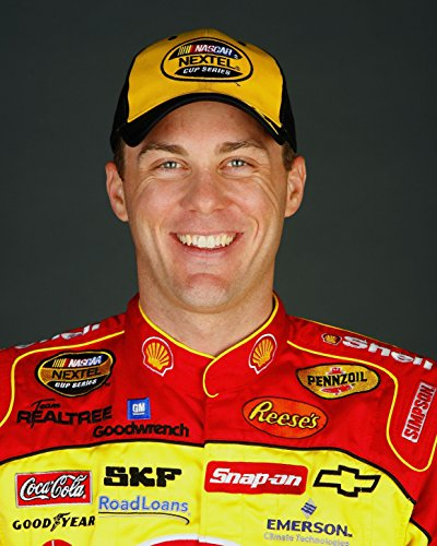 Harvick Photo (Kevin Harvick Glossy 8 x 10 / 8x10 Photo)