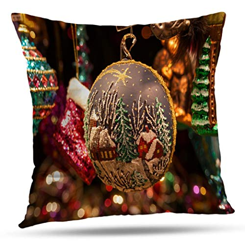 Alricc Christmas Decorative Throw Pillow Cover, Christmas Market Vienna Winter Europe Bright Cushion Cover for Bedroom Sofa Living Room 18X18 Inches